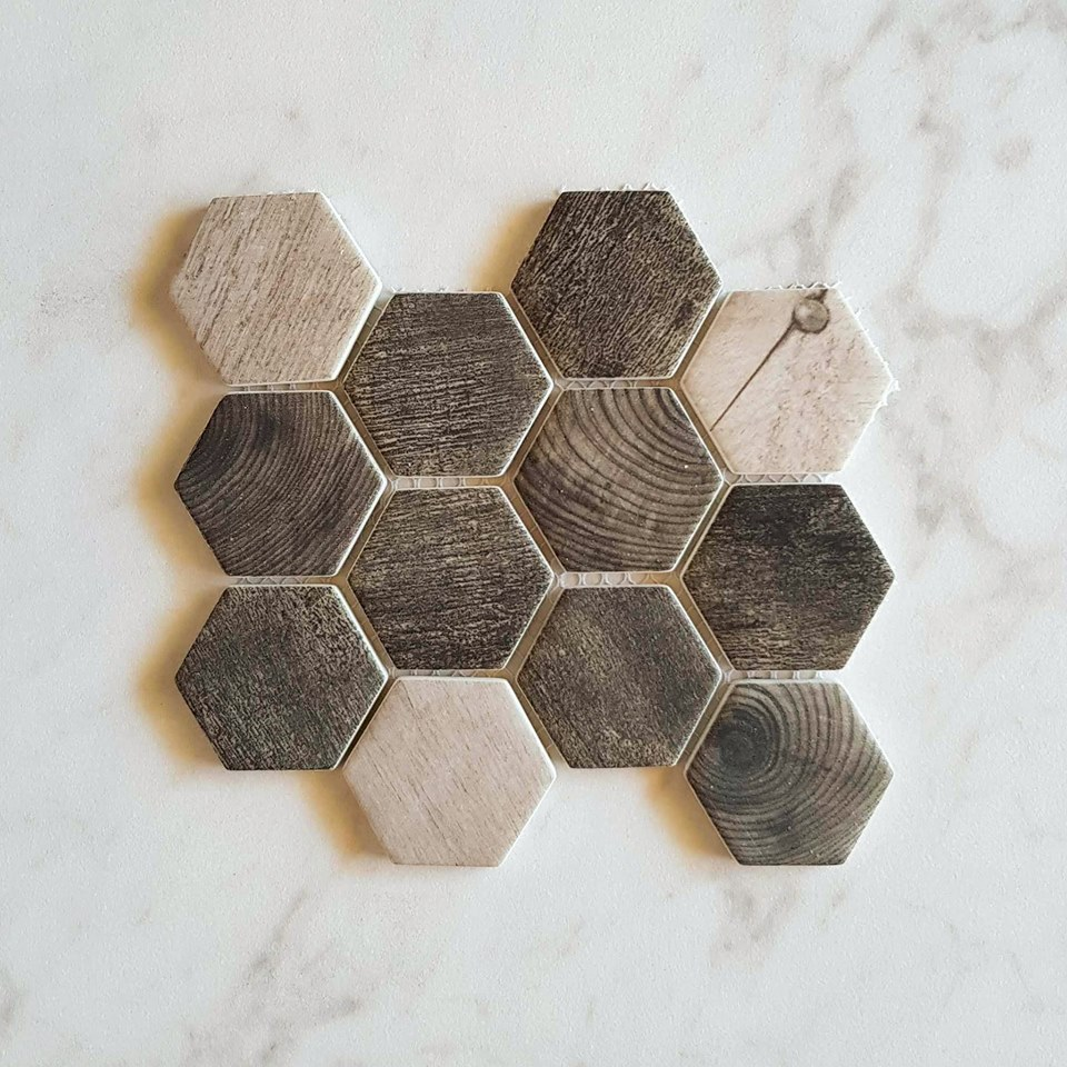 Timber-look hexagon mosaic made from recycled glass for something special.